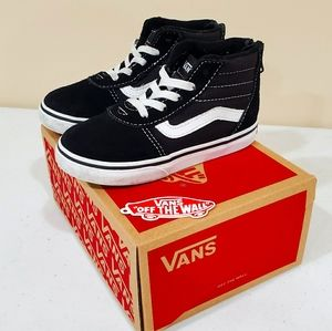 Toddler boys 9 Vans Ward hi top zip black & white